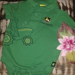 Baby boy 12 month John Deere's body suit